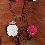 4 roses blanche et 3 roses rose